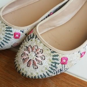 Mix No. 6 Embroidered Ballet Flat